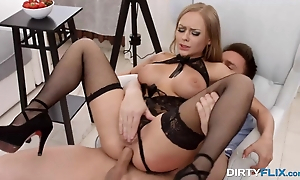 Outcast anal job finishes in misapplied facial be incumbent on fair-haired
