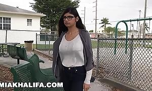 Mia khalifa wants beamy brotha's huge cock measure against boyfriend's last will and testament (mk13769)
