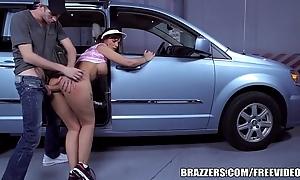 Brazzers - syren de mer, milf concerning a mini-van