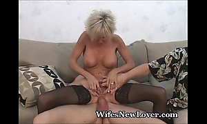 Doyenne milf satisfied unconnected with juvenile darling