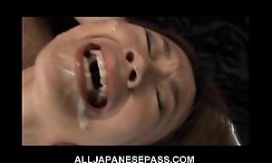 This wonderful japanese babe receives a sexy bukkake