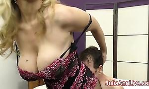 Milf julia ann teases servant nigh her feet!