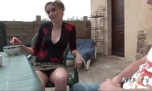 French mom seduces younger bloke and acquires sodomized alfresco