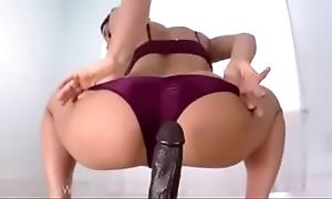 Sexy webcam riding