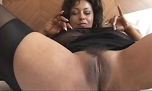 Be yon charge adult danica yon straight girdle together with nylons