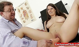 Mona lee avant-garde pussy speculum unfolded to hand gyno dispensary