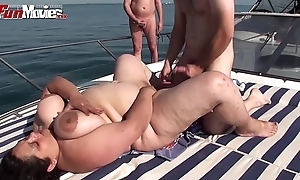 Bbw granny screwed on a small craft just about stage a revive - hotgirlsx.net - pornsexvideosxxx.com