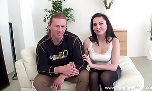 Get hitched acquiesces near sexual intercourse about outsider